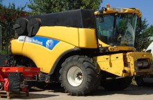 New Holland CR 9090 Двуроторен комбайн